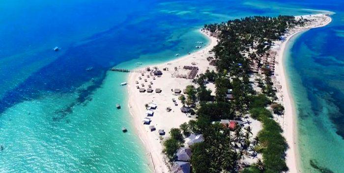 Iloilo-City-Bacolod-Lakawon-Island-Resort-SpaLakawon_island-2