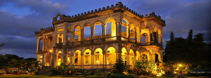 Iloilo-City-Bacolod-Taj-Mahal-Negros-tour-package-The_Ruins-8