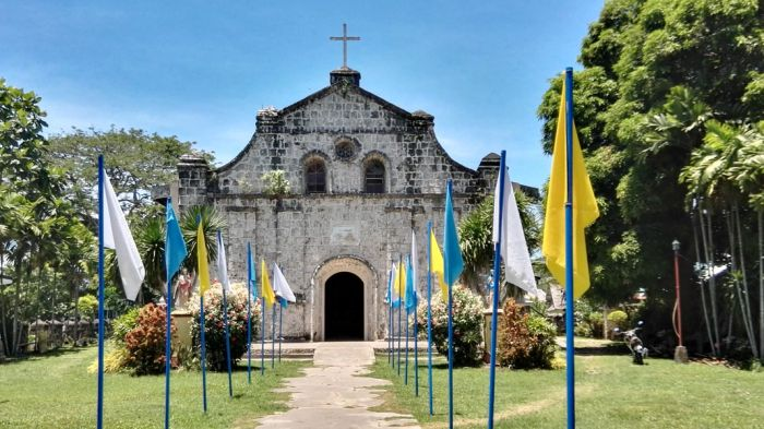 guimaras-Navalas-Church