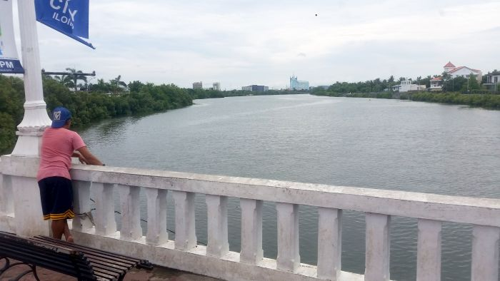 iloilo-city-foot-bridge