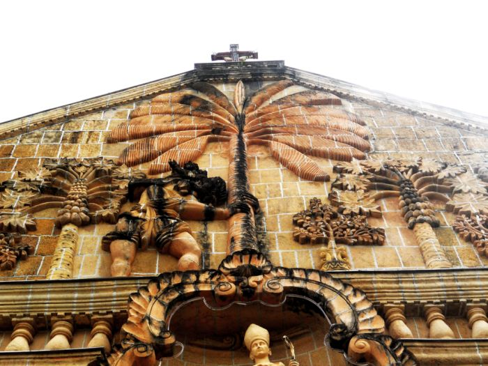 miagao-church-Pediment-featuring-St-Christopher