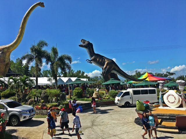 package-tour-Campuestohan-Highland-Resort-dinasaurs