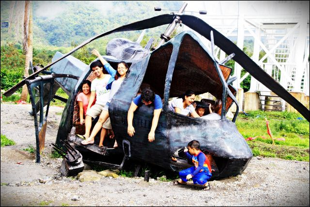 package-tour-Campuestohan-Highland-Resort-helicopter