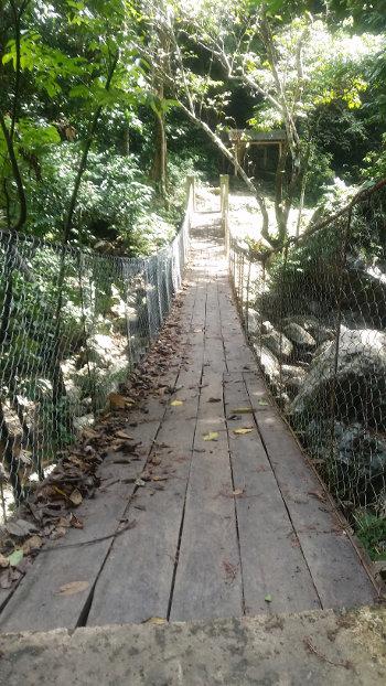 Hinulugan-Waterfalls-20181211_115803