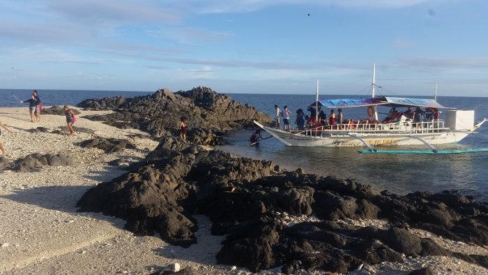 carles-sicogon-gigantes-boat-tours-20181127_162157