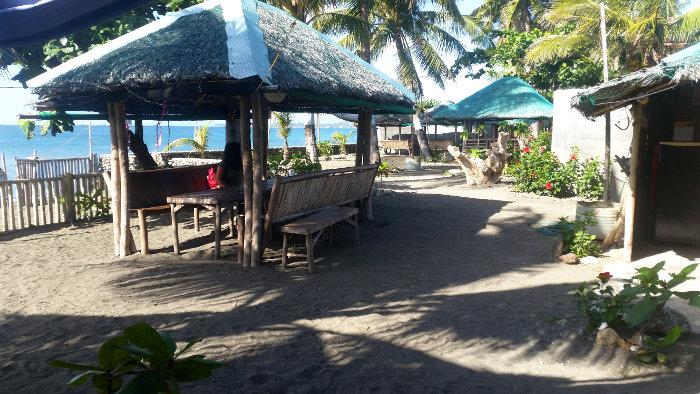 Evelyn's Beach Resort, Panay
