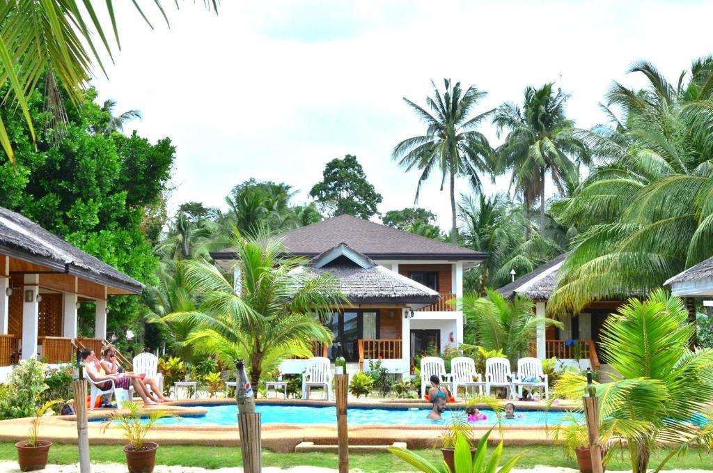 siquijor-accommodation-white-villas